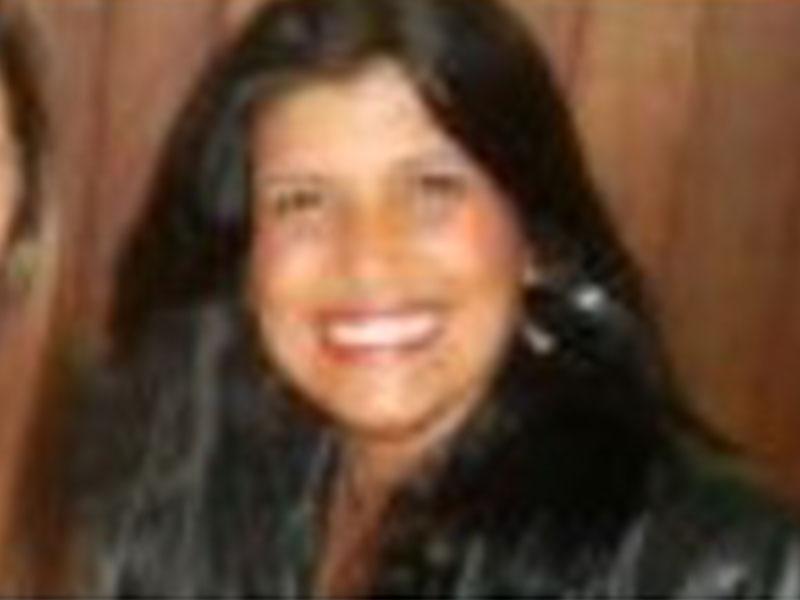 Claudia Regina Delaia Machado